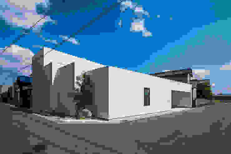 two household home - SUNOMATA モダンな 家 の 武藤圭太郎建築設計事務所 モダン