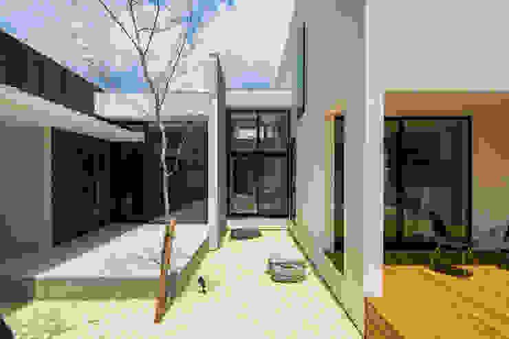 SUNOMATA モダンな庭 の 武藤圭太郎建築設計事務所 モダン