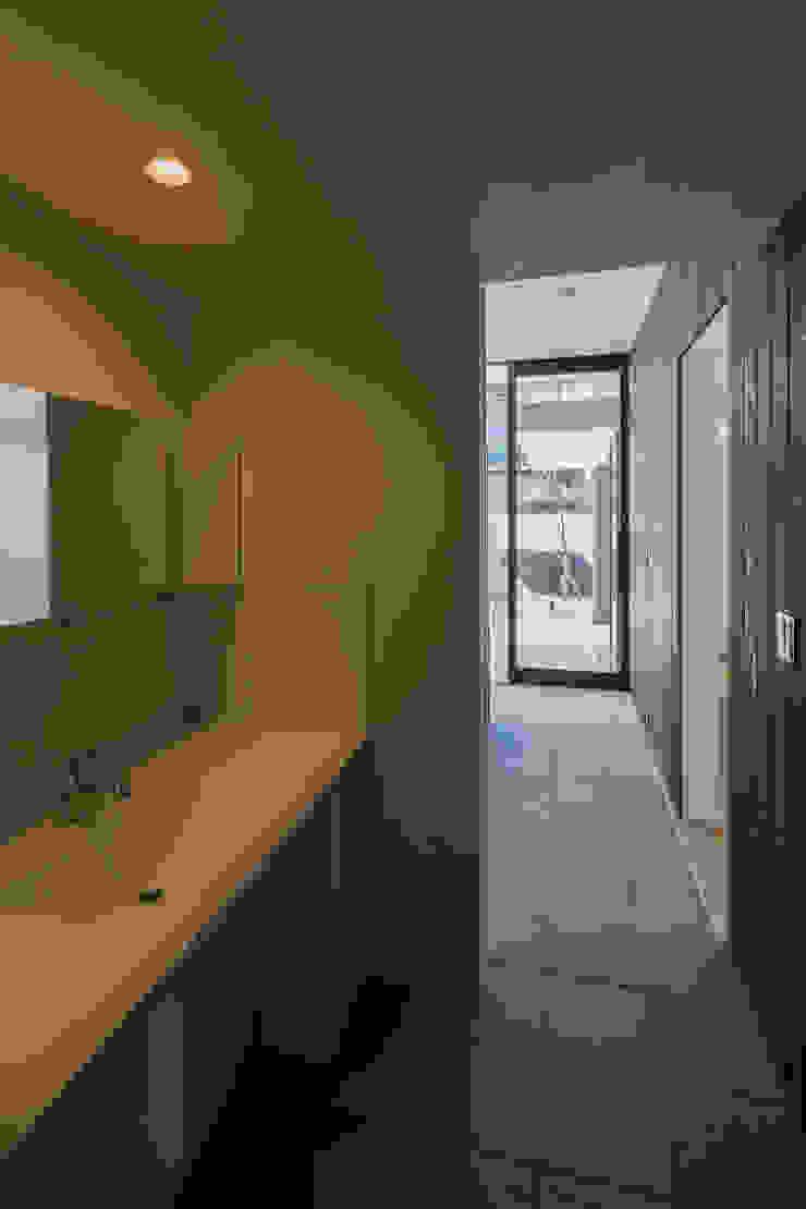 SUNOMATA モダンスタイルの お風呂 の 武藤圭太郎建築設計事務所 モダン