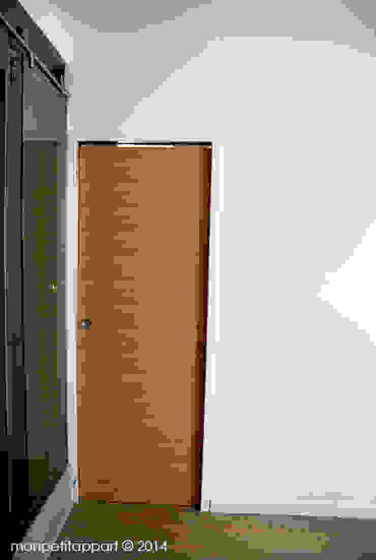 La Porte De La chambre Fermée par monpetitappart Moderne