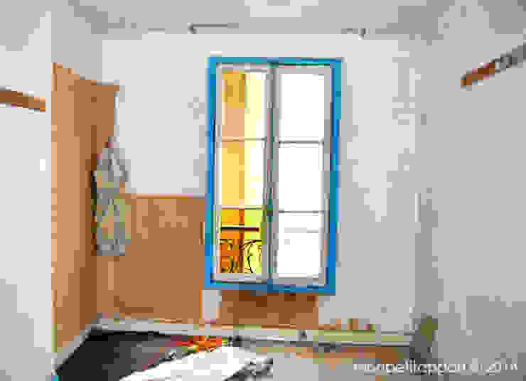 Fenêtre De La Chambre par monpetitappart Moderne