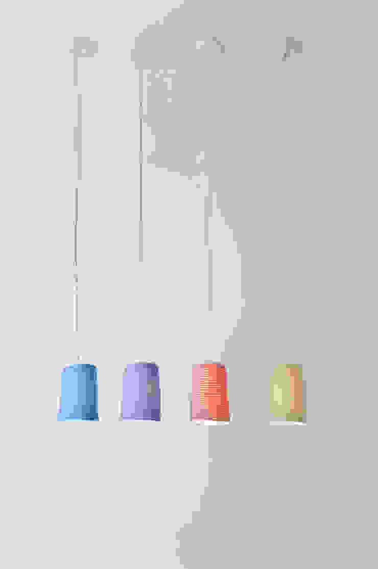 Paint stripe di in-es.artdesign Moderno