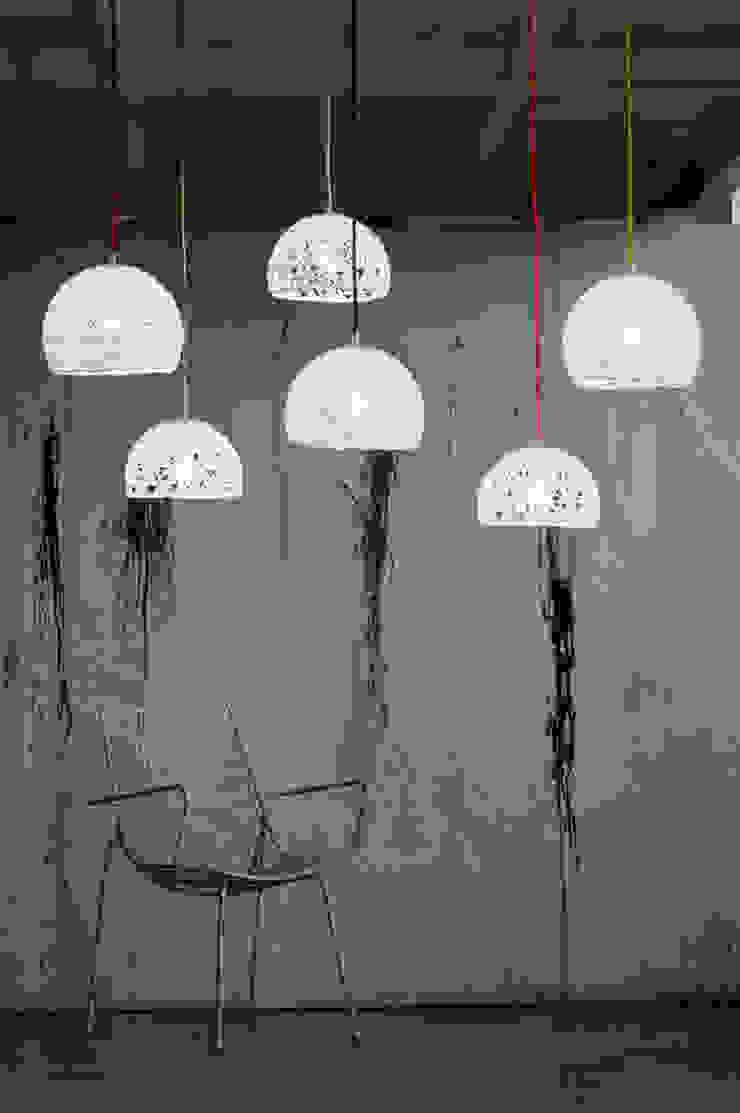 Trama 1 / Trama 2 di in-es.artdesign Moderno