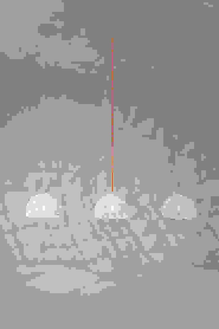 Trama 2 di in-es.artdesign Moderno
