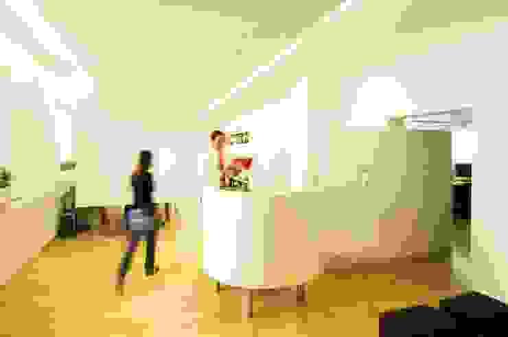Büro Moderne Geschäftsräume & Stores von Raumkonzepte Thomas Beil Modern