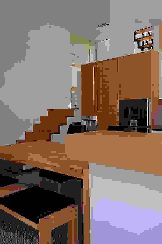Einfamilienhaus mit Einliegerwohnung in Freising Herzog-Architektur Moderne Wohnzimmer