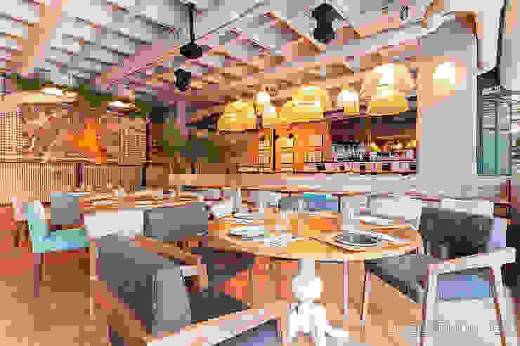 Ресторации в . Автор – Luzestudio Fotografía,
