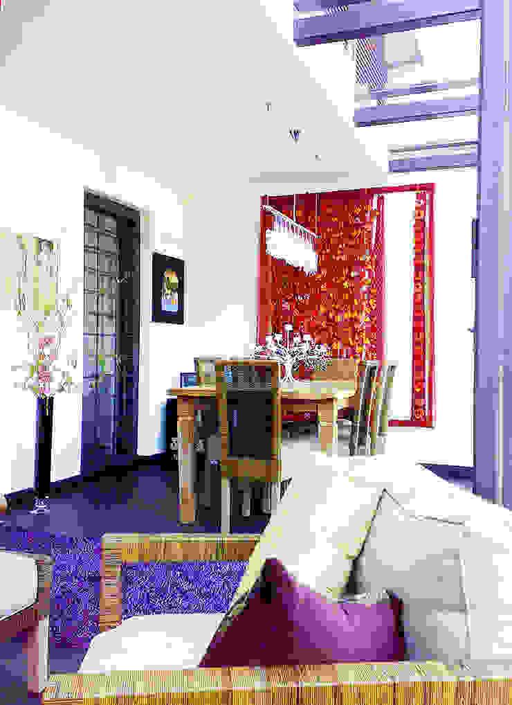 Scorcio interno Balcone, Veranda & Terrazza in stile moderno di Teresa Romeo Architetto Moderno