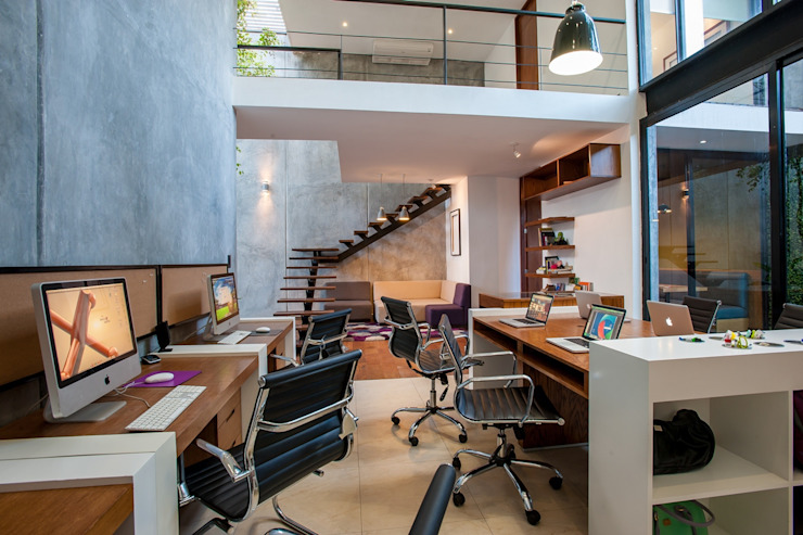 Desnivel Arquitectos Office spaces & stores