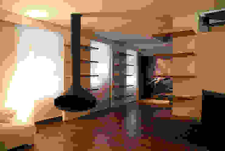 IL VOLUME CREATIVO Case in stile minimalista di Andrea Bella Concept Minimalista
