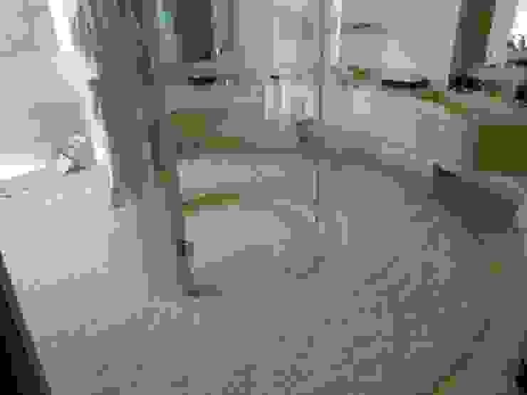 Tapete de baño de Arquiindeco Moderno