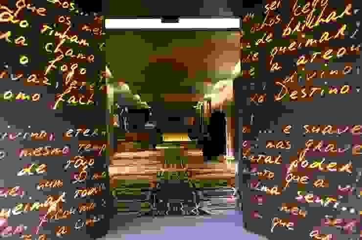 Hotel Teatro Espaços por Atelier Nini Andrade Silva