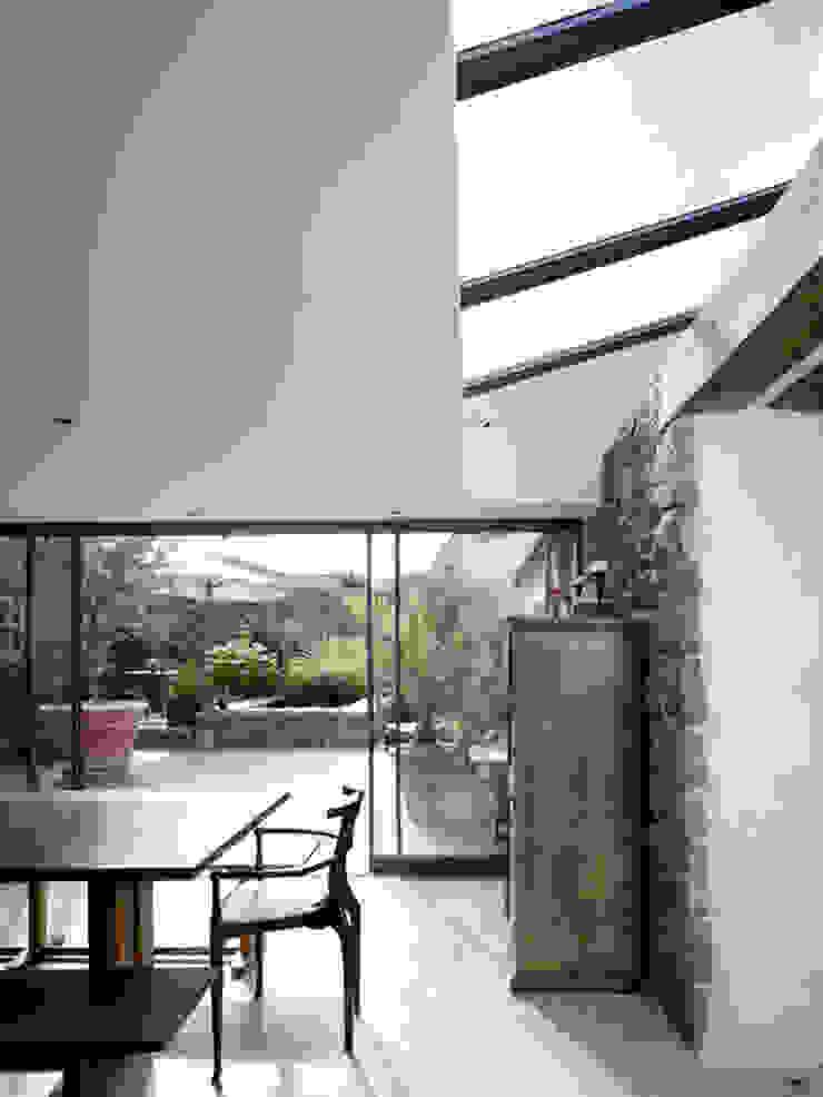 Les Jenemies Rustic style walls & floors by JAMIE FALLA ARCHITECTURE Rustic