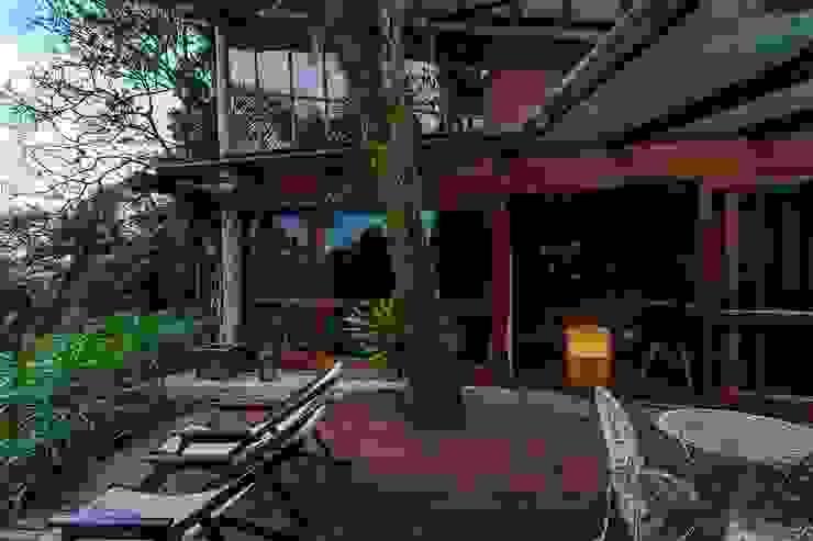 Balcon, Veranda & Terrasse ruraux par Ferraro Habitat Rural