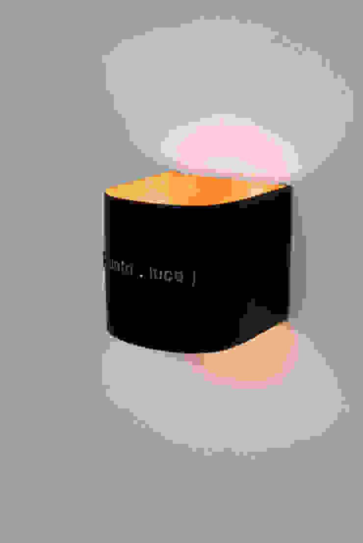 Punto luce di in-es.artdesign Moderno
