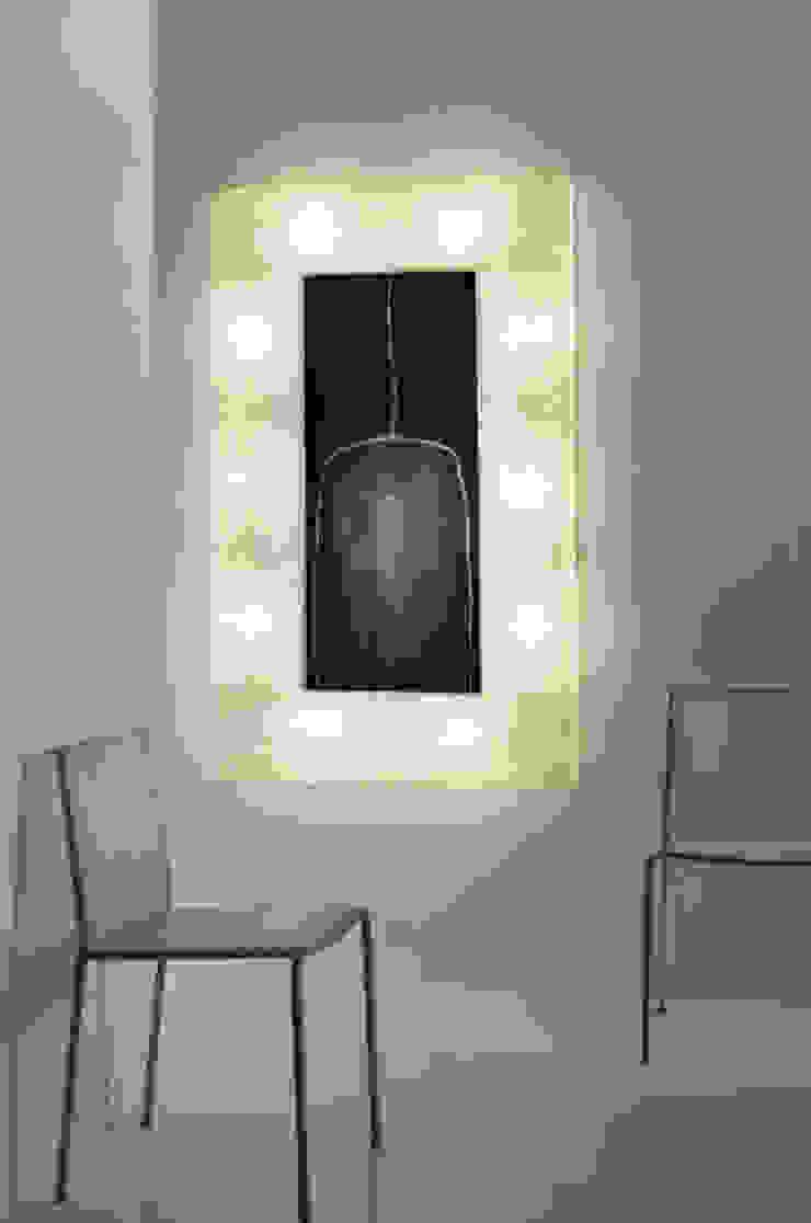 Lunar bottle 2 di in-es.artdesign Moderno
