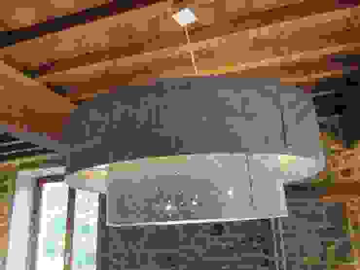 Suspension particulier par elsa somano objets lumineux Moderne