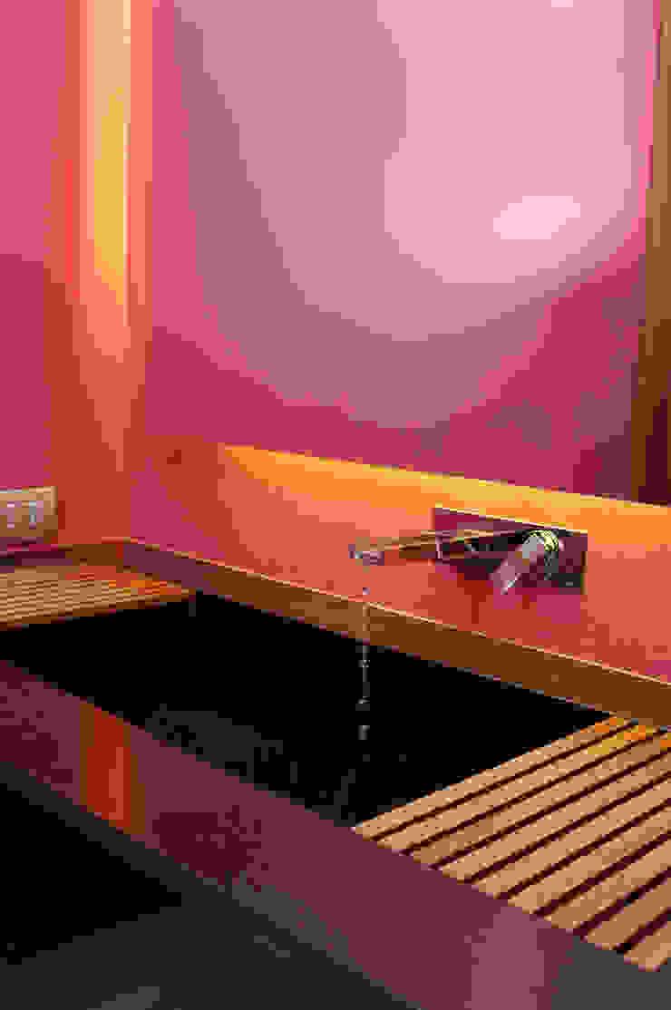 Toilet ArquitectosERRE Baños de estilo moderno