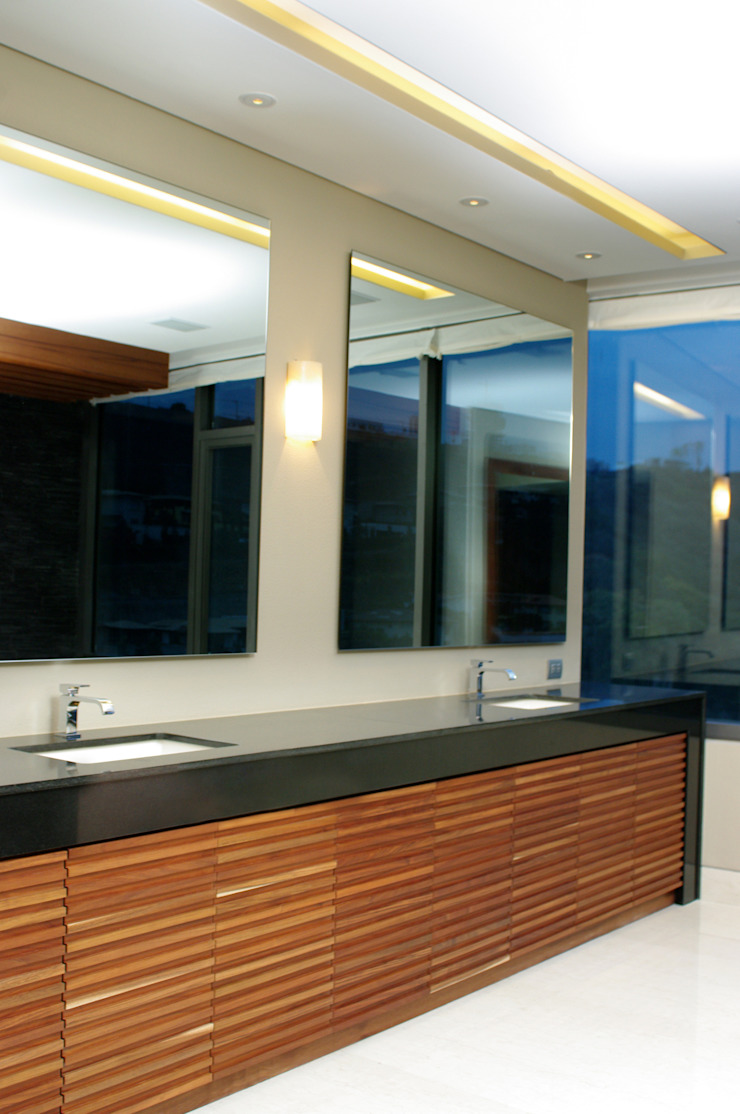 Baño Principal ArquitectosERRE Baños de estilo moderno