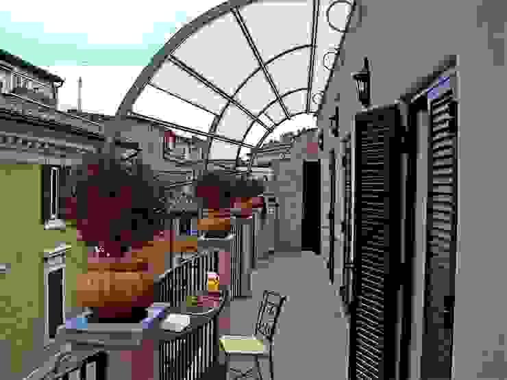Studio Tecnico Arch. Lodovico Alessandri Balcones y terrazasAccesorios y decoración