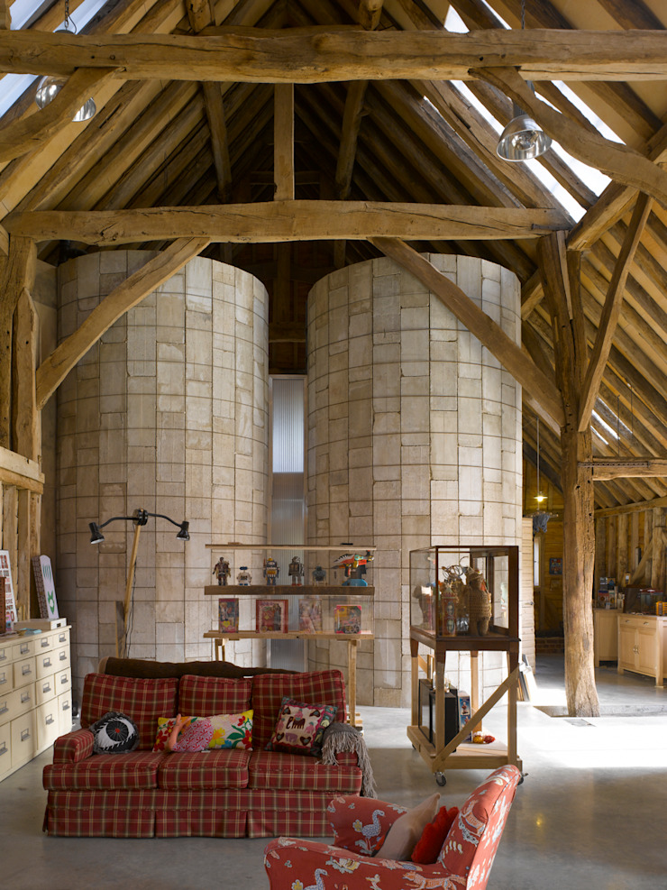 Feering Bury Farm Barn Eclectic style living room by Hudson Architects Eclectic