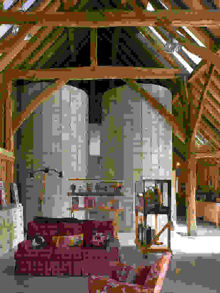 Feering Bury Farm Barn by Hudson Architects Eclectic