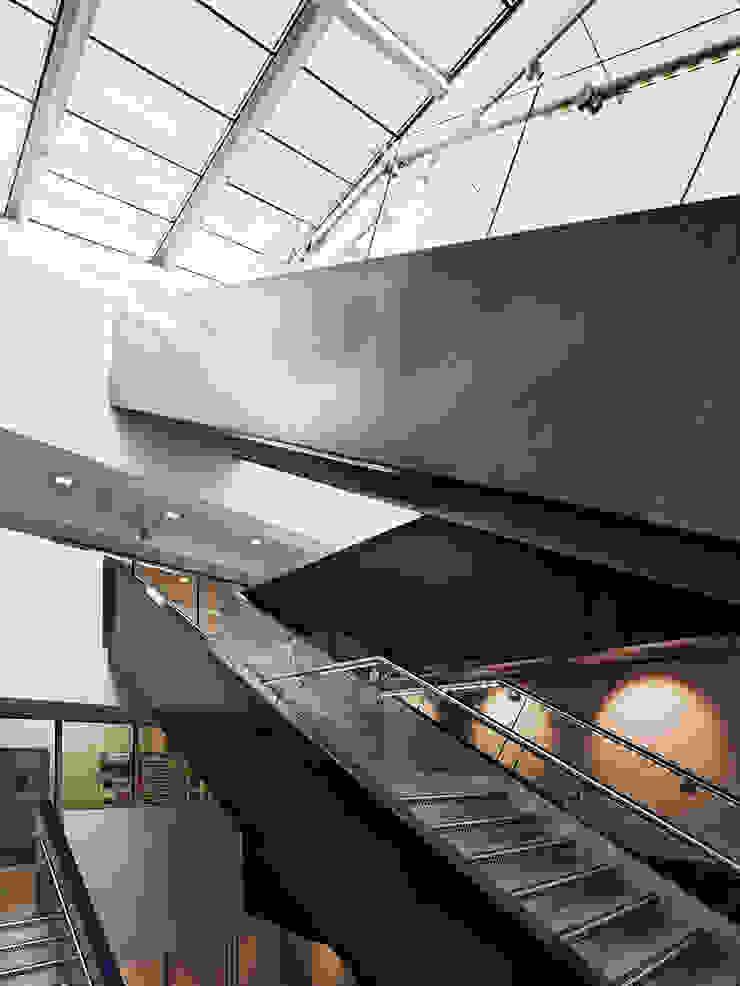 The Guntons Atrium par Hudson Architects