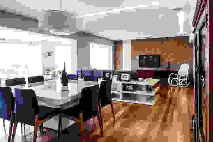 Jd. Marajoara Salas de jantar modernas por Tikkanen arquitetura Moderno