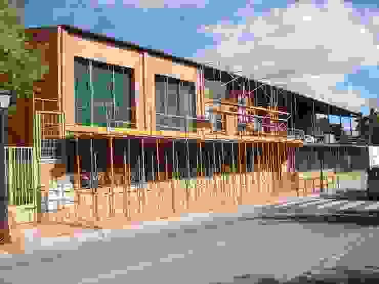 Ampliación polideportivo, Manzanares el Real, Madrid Gimnasios domésticos de JARQUE ALONSO ARQUITECTOS
