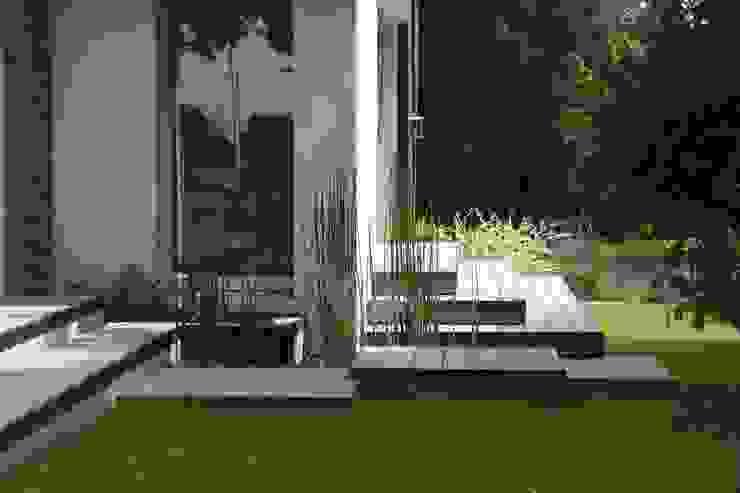 Jardines modernos de EURL OLIVIER DUBOIS Moderno