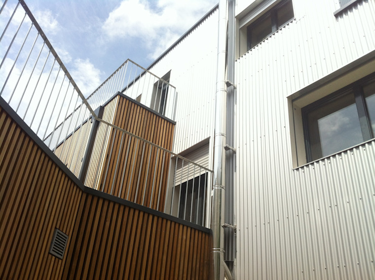 House by Jean-Charles Robert Architecte