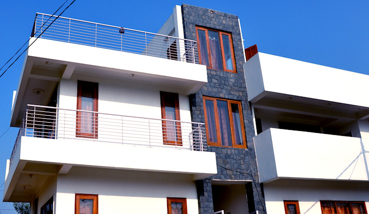 Hare Krishna Villa : minimalist  by Horizon Design Studio Pvt Ltd,Minimalist