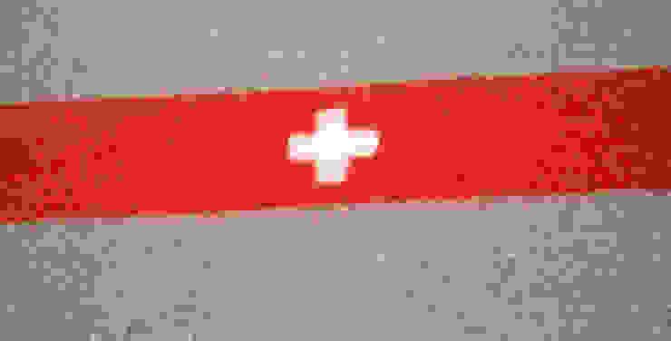 Schweizer Bank: industriell  von Die MÖBELHAUEREI,Industrial