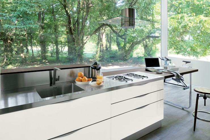 Extra di Veneta Cucine S.p.A. Moderno
