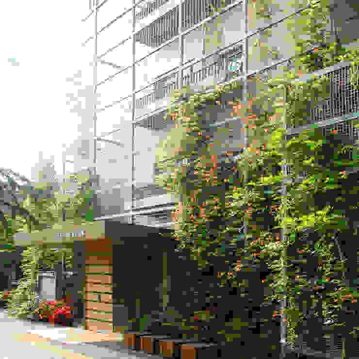 Casas de estilo moderno de ユミラ建築設計室 Moderno
