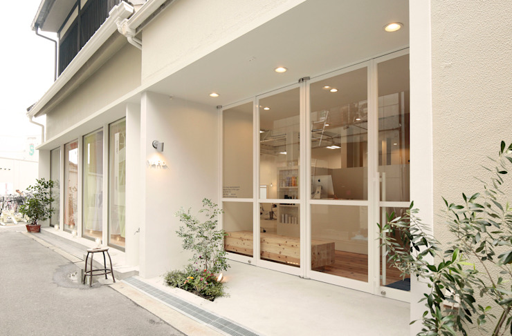 YARD. (美容室) ミニマルな 家 の ニュートラル建築設計事務所 ミニマル