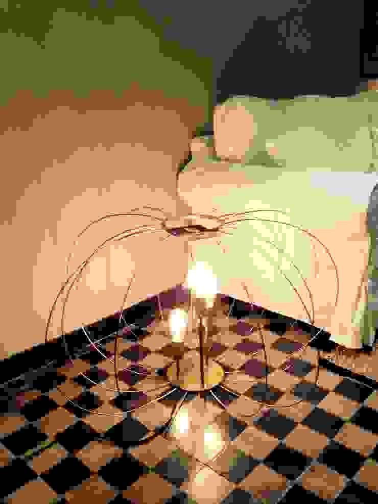 lampada nude di CAMBIO STANZA Coloniale