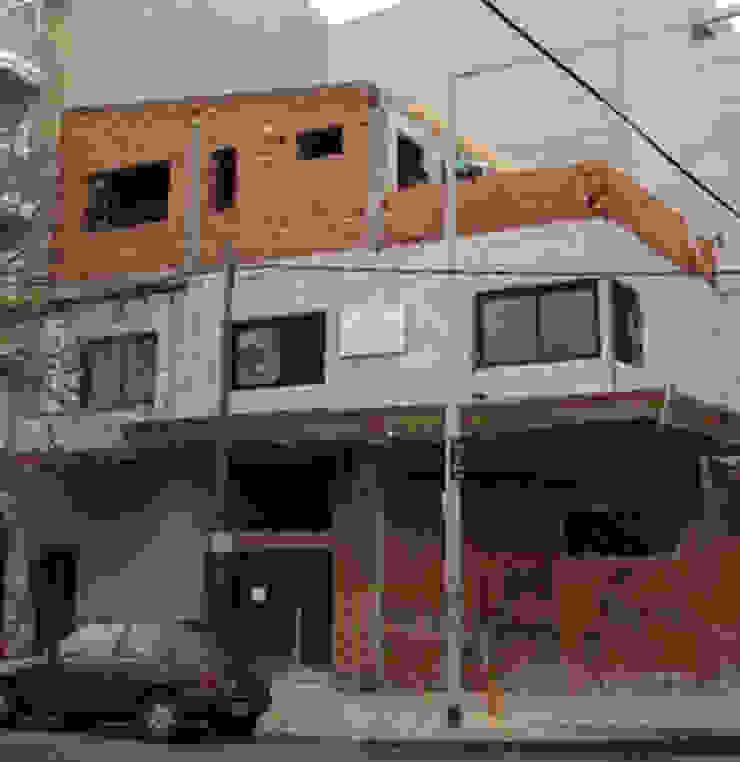 ampliacion de vivienda unifamiliar y estudio contable de Remodelaciones SF Moderno