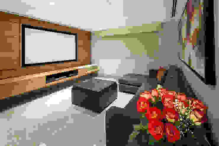 tv de NZA Moderno