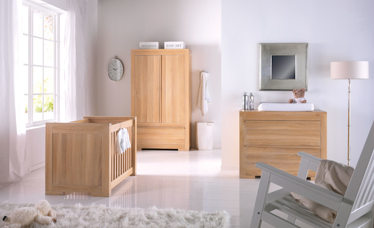 Bretagne Oak Nursery Furniture Set por Adorable Tots Clássico