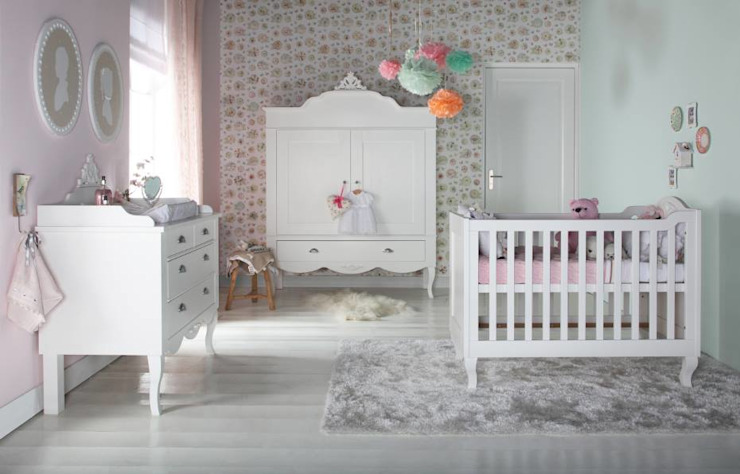 Nursery/kid's room by Adorable Tots,