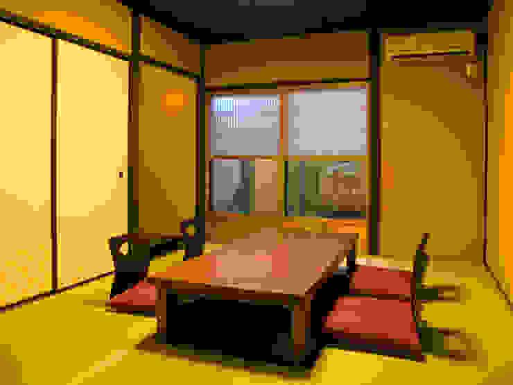 Dining room by       古津真一 翔設計工房一級建築士事務所