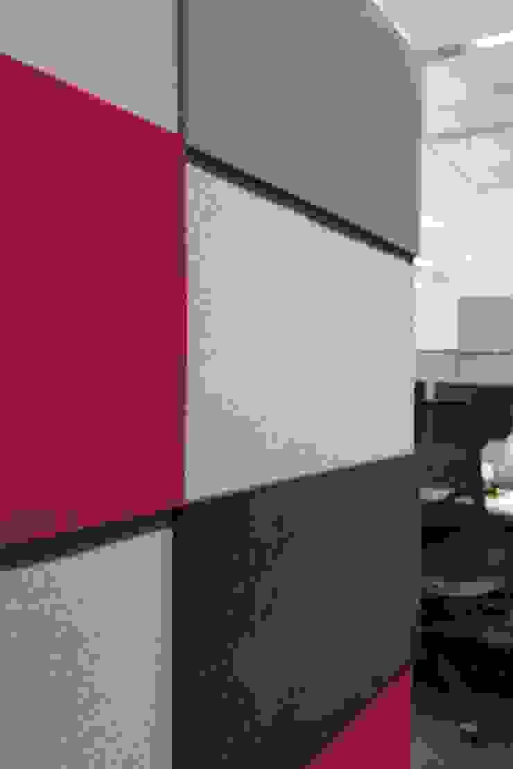 Przestrzeń biurowa by Mikomax - detal Nowoczesne domowe biuro i gabinet od FLUFFO fabryka miękkich ścian Nowoczesny