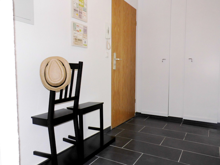 raum² - wir machen wohnen Pasillos, vestíbulos y escaleras industriales
