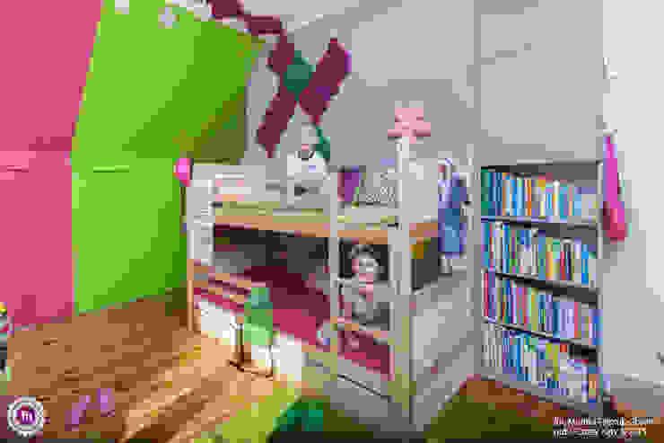 Pokój dzewczynki z akcentem Fluffo Flow 2.0 Nowoczesny pokój dziecięcy od FLUFFO fabryka miękkich ścian Nowoczesny