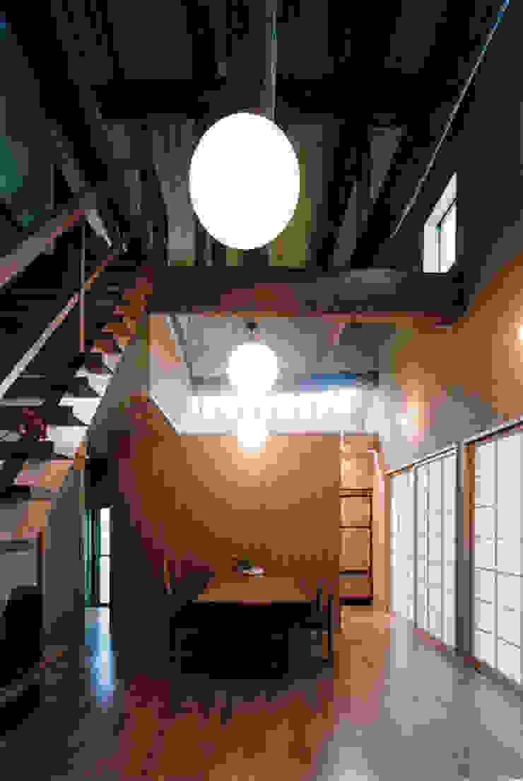 タイトルを入れてください 和風デザインの リビング の MOW Architect & Associates 和風