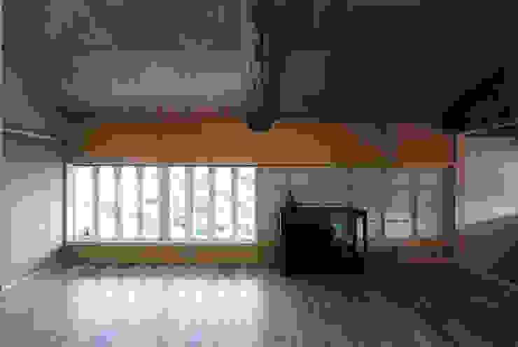タイトルを入れてください 和風デザインの 多目的室 の MOW Architect & Associates 和風