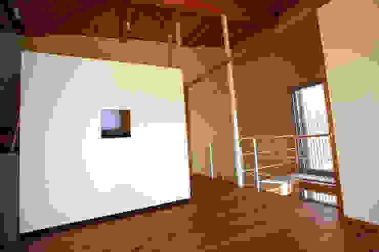 広間 オリジナルデザインの 多目的室 の 稲吉建築企画室 オリジナル