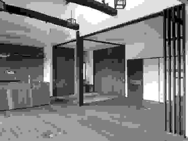 LDK クラシックデザインの リビング の 青戸信雄建築研究所 クラシック