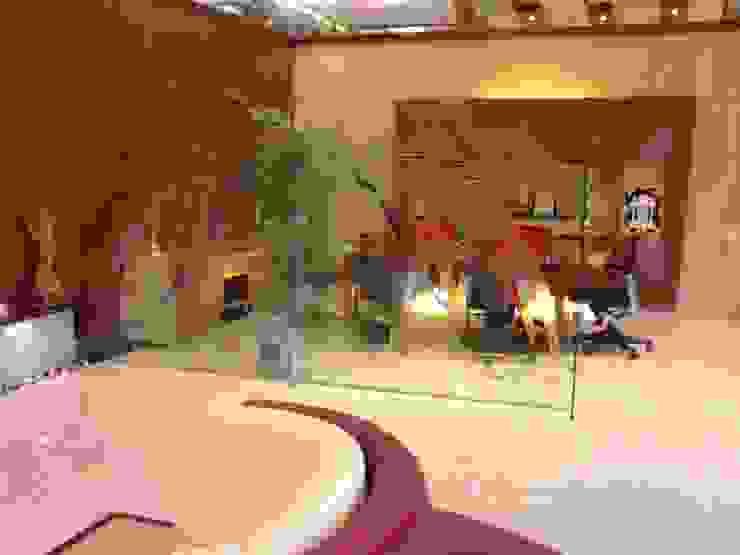 Klassischer Multimedia-Raum von Architecture Interior Co. Pvt. Ltd Klassisch